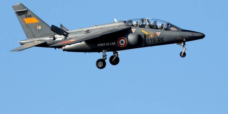 Un avion de l'armée de l'air s'écrase près de Tours, un mort
