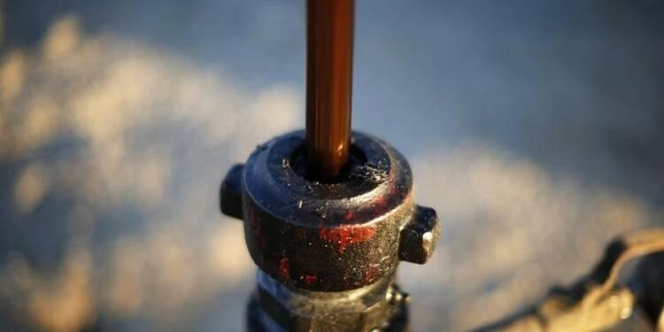 Le pétrole sous 50 dollars pour la 1ère fois depuis avril 2009