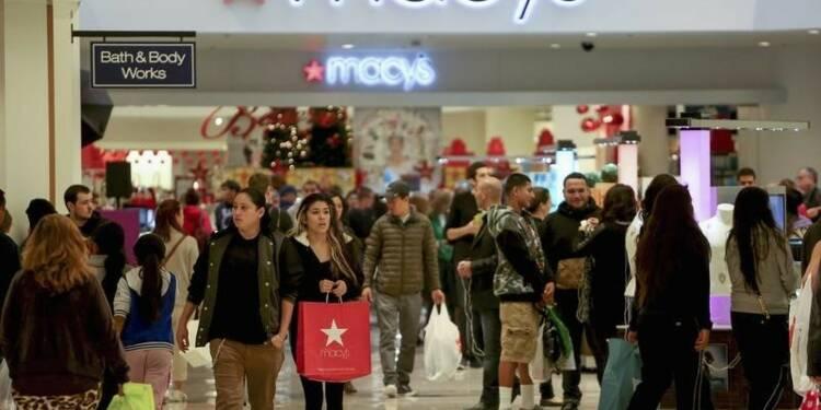 La confiance du consommateur américain au plus bas depuis mai