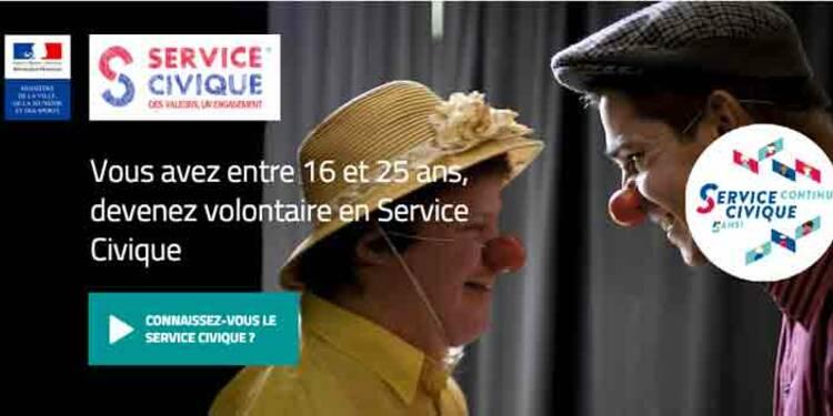 Service civique : les coûteux engagements de François Hollande
