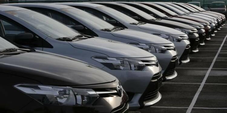 Toyota relève sa prévision de bénéfice grâce au yen faible