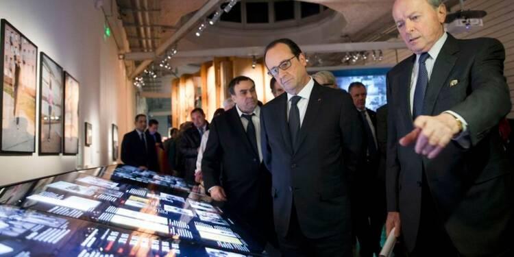 Hollande prend le contre-pied de Sarkozy sur Schengen