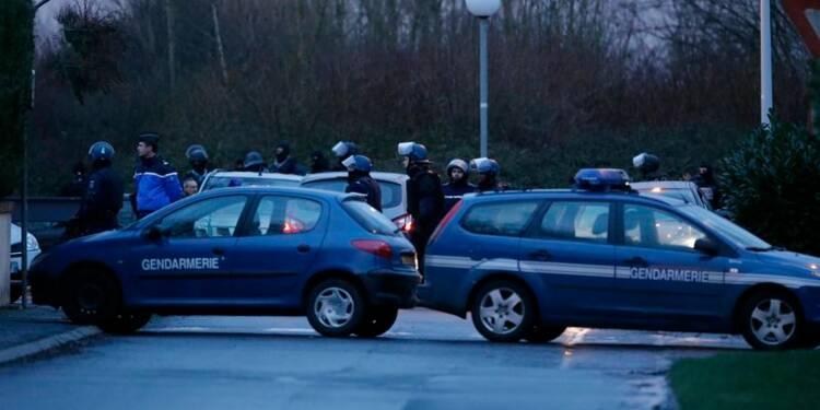 Charlie Hebdo: double assaut, agresseurs abattus, des otages tués