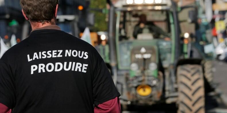 Les agriculteurs déversent leur colère
