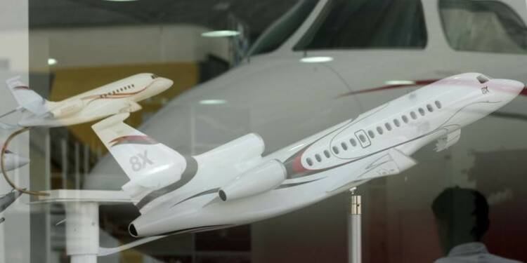 Dassault Aviation présente le 8X, prévu pour être livré en 2016