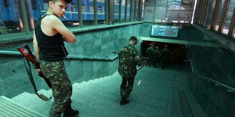 Combats en Ukraine dans le centre de Donetsk, cinq morts