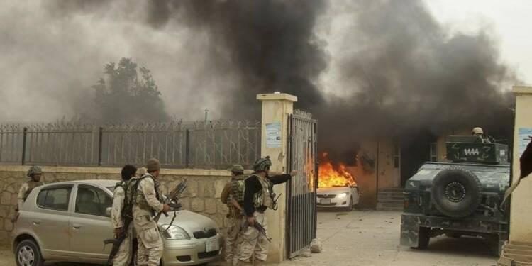 Plus de civils afghans tués dans des combats que par des bombes