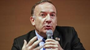Le patron du Medef propose de rediscuter du dialogue social