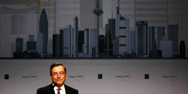 La BCE déterminée à faire remonter l'inflation, dit Mario Draghi