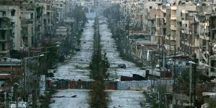 La Syrie sombre dans l'obscurité avec la guerre