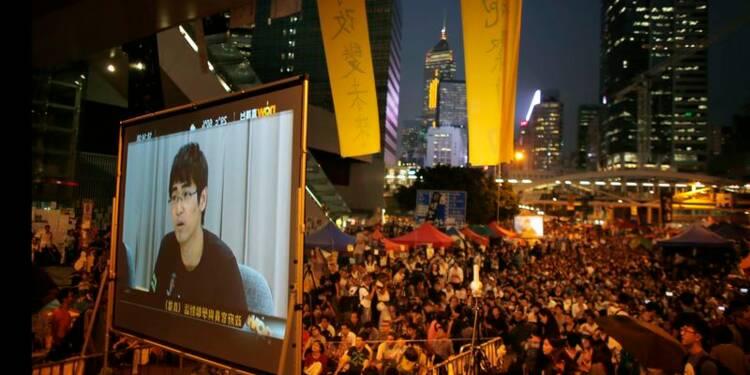 Le chef de l'exécutif de Hong Kong pourrait lâcher du lest