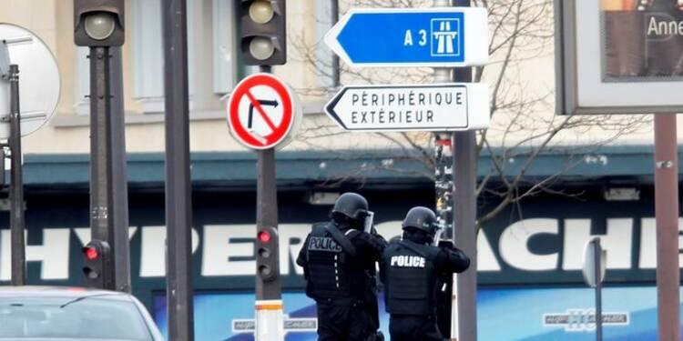 Quatre hommes mis en examen dans l'enquête sur les attentats