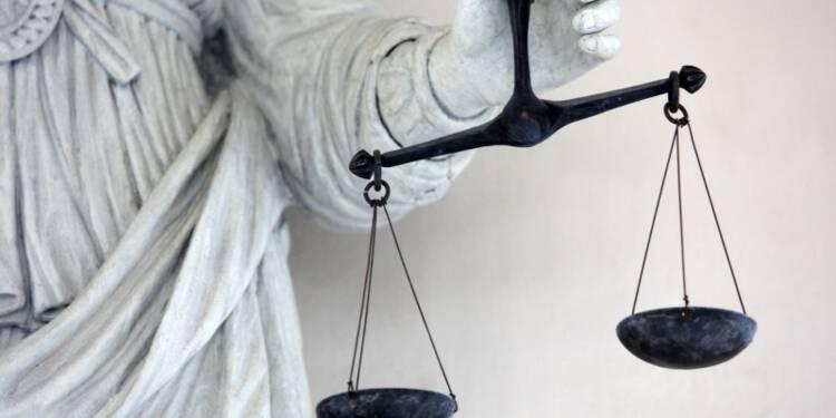 """L'enquête des """"écoutes"""" visant Nicolas Sarkozy suspendue"""