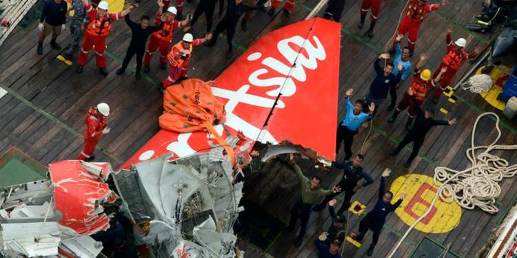 Un juge d'instruction français enquêtera sur le crash d'AirAsia