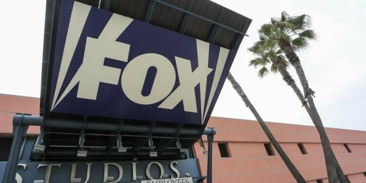 Time Warner rejette une offre de la Fox