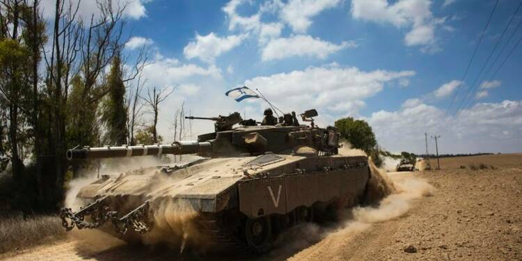 Israël lance une offensive terrestre à Gaza, le bilan s'alourdit