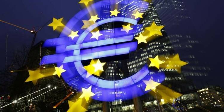 La Bulgarie va entamer des discussions pour adopter l'euro