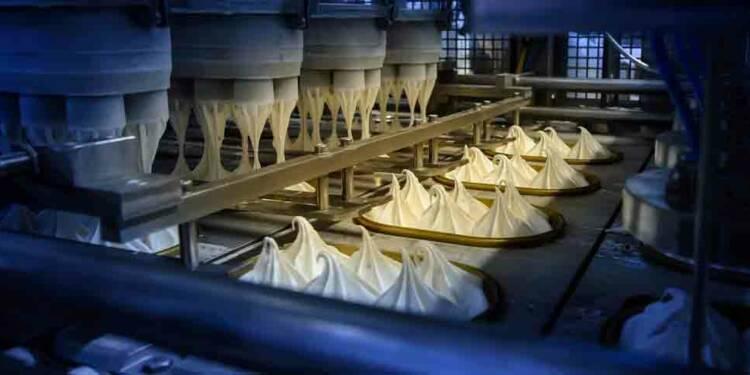 Visite indiscrète de la plus grande usine de crème glacée