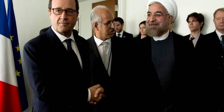 Hollande demande à Rohani des mesures concrètes sur le nucléaire