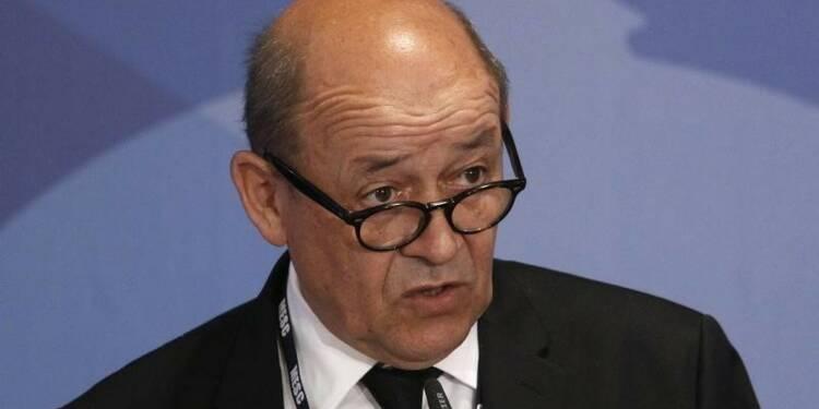 Paris n'exclut pas des militaires au sol contre l'Etat islamique