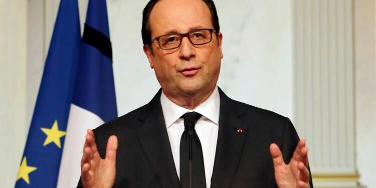 """L'après-attentats, un """"âge des possibles"""" pour François Hollande"""