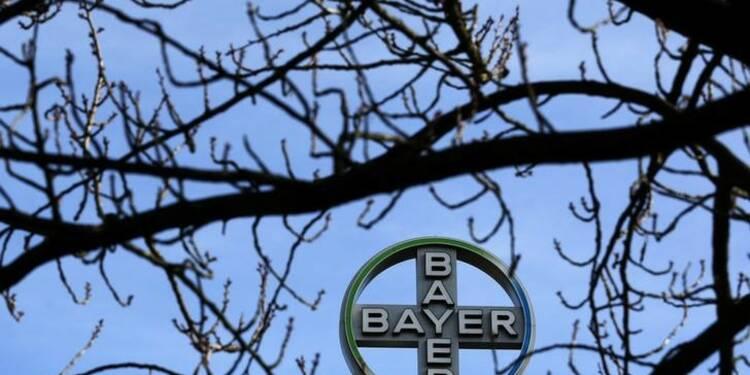 Hausse du bénéfice trimestriel de Bayer grâce aux pesticides