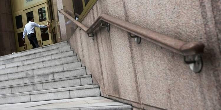 Standard Chartered va enquêter sur des soupçons de blanchiment