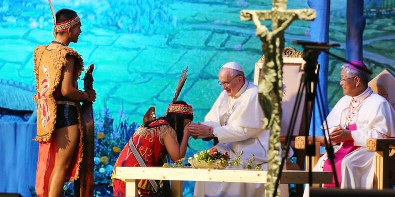En Asie, le pape appelle à prier pour l'unité coréenne