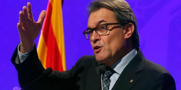 """La Catalogne propose un """"dialogue permanent"""" à Madrid"""