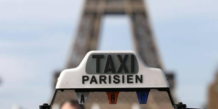 Des taxis comptent bloquer les entrées de Paris lundi matin