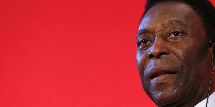 Pelé est en soins intensifs à Sao Paulo mais irait mieux