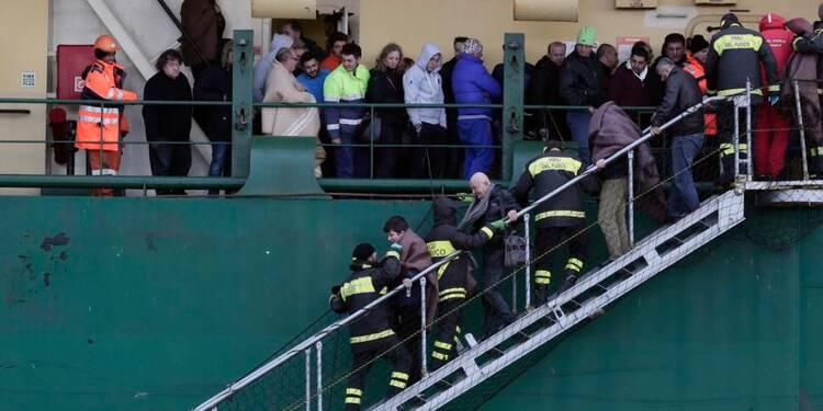 Quatre corps retrouvés à bord du ferry incendié en Méditerranée