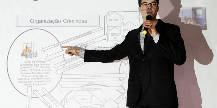 Des dirigeants d'entreprises inculpés dans l'affaire Petrobras