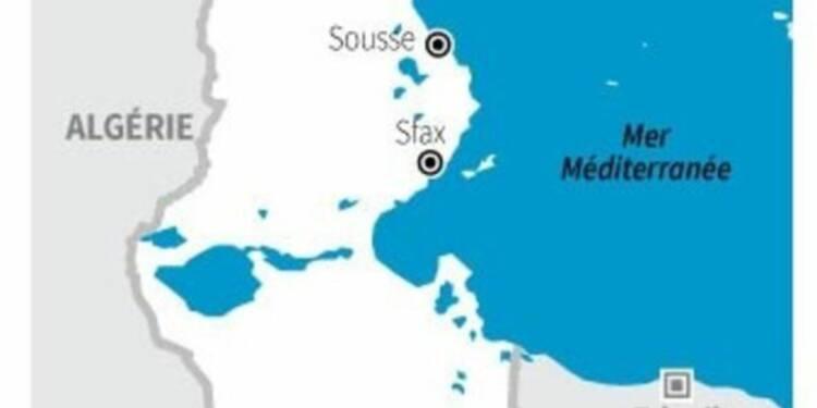 Fusillade à Tunis, huit touristes tués, d'autres pris en otages