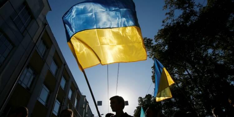 S&P abaisse la note et la perspective de l'Ukraine