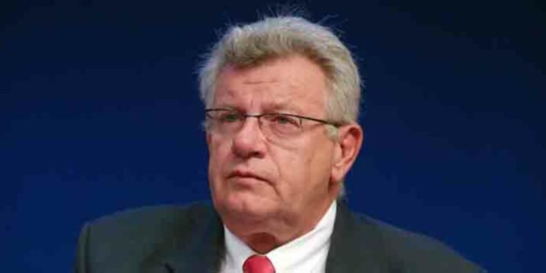 Impôts : le cafouillage d'Eckert sur la promesse de Hollande