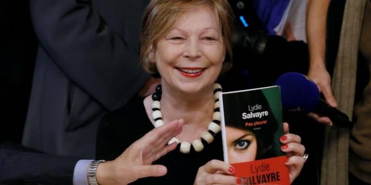 """Le Goncourt attribué à Lydie Salvayre pour """"Pas pleurer"""""""