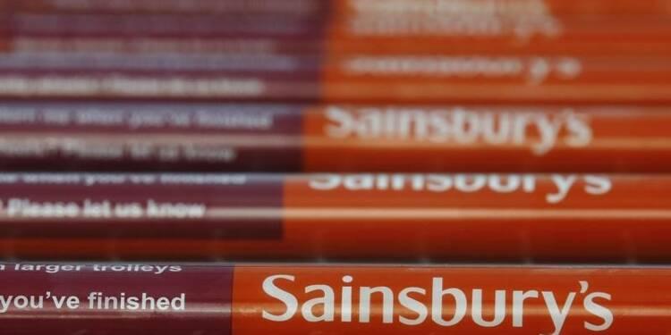 Sainsbury revoit sa prévision de ventes annuelles à la baisse