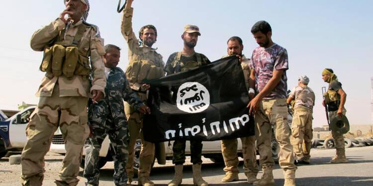 La France envisage une réponse militaire contre l'Etat islamique