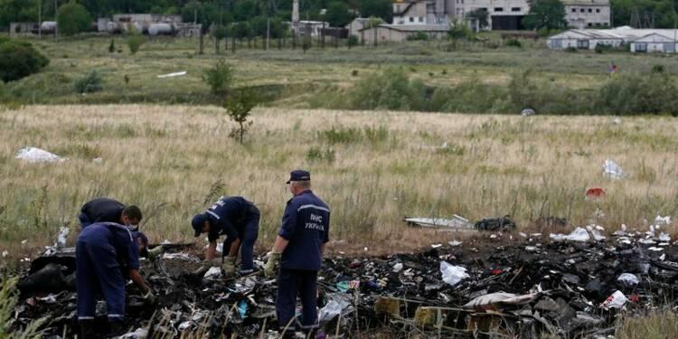 Les boîtes noires du Boeing malaisien seraient à Donetsk