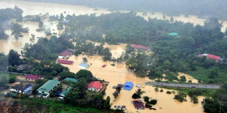 En Malaisie, 160.000 personnes évacuées à cause des inondations