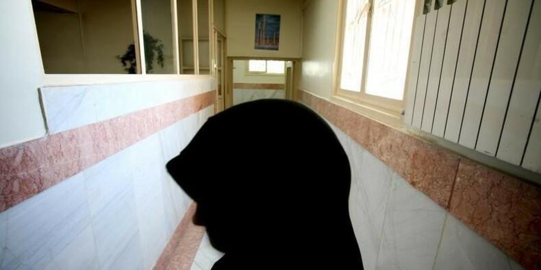 Exécution par pendaison d'une jeune femme iranienne