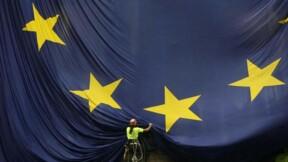 La Commission européenne invite Valls à accélérer les réformes