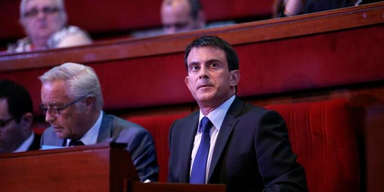 Valls promet une baisse d'impôt pour les classes moyennes en 2015