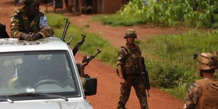 Jean-Yves Le Drian en Centrafrique sur fond de fortes tensions