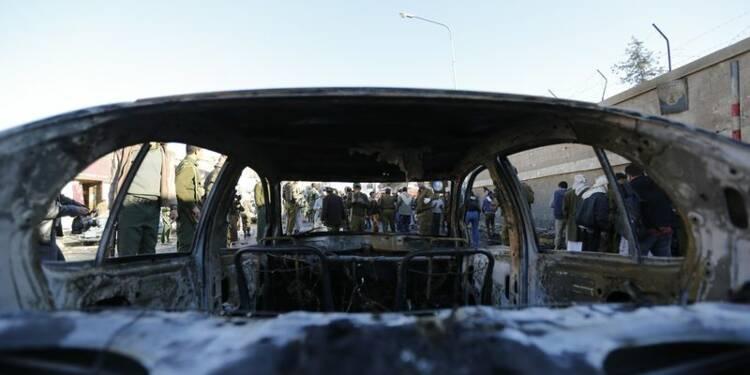 Attentat contre une école de police au Yémen, 35 morts