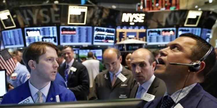 Wall Street ouvre en hausse après de bons indicateurs
