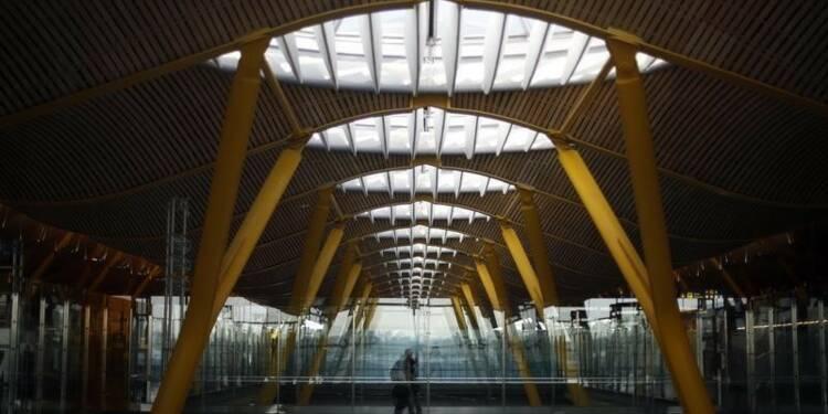 Madrid va céder jusqu'à 49% de l'exploitant d'aéroports Aena