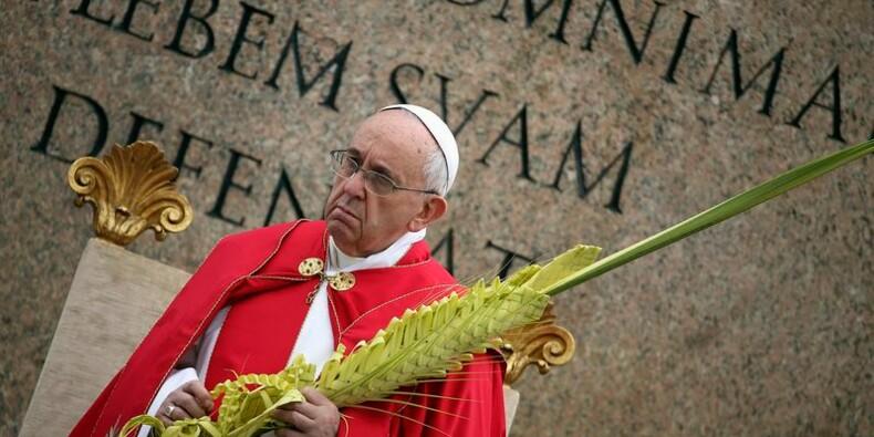 Le pape préside les services religieux des Rameaux
