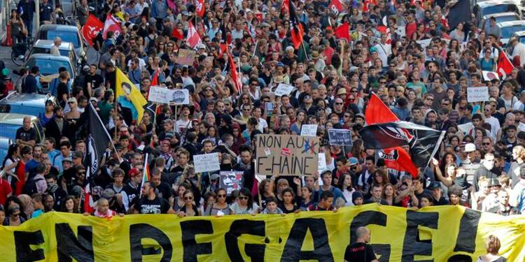 Manifestation contre l'université d'été du FN à Marseille